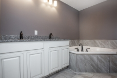 Castleberry_MasterBathroom